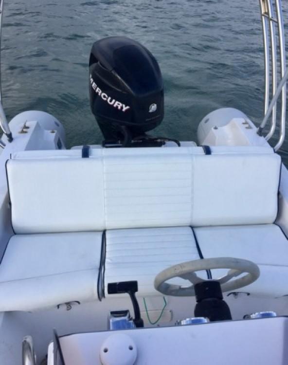 Vermietung Schlauchboot Sacs mit Führerschein