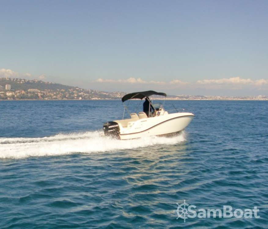 Boat rental Quicksilver Activ 535 Open in Antibes on Samboat
