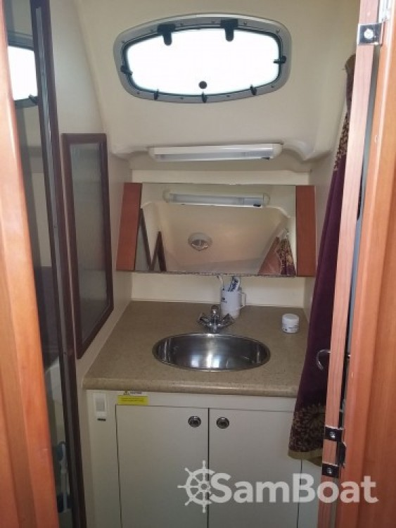 Boat rental Hunter-Marine Hunter 36 in Port Camille Rayon on Samboat