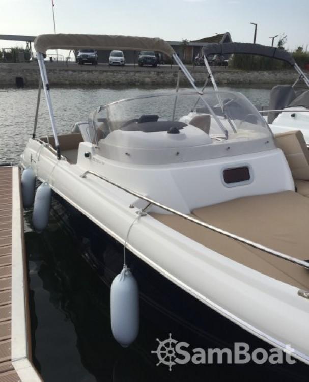 Huur Motorboot met of zonder schipper Jeanneau in Lège-Cap-Ferret