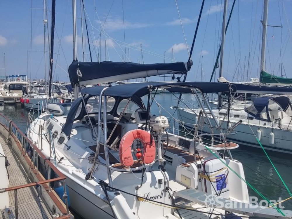 Location Voilier à Port Camille Rayon - Hunter-Marine Hunter 36