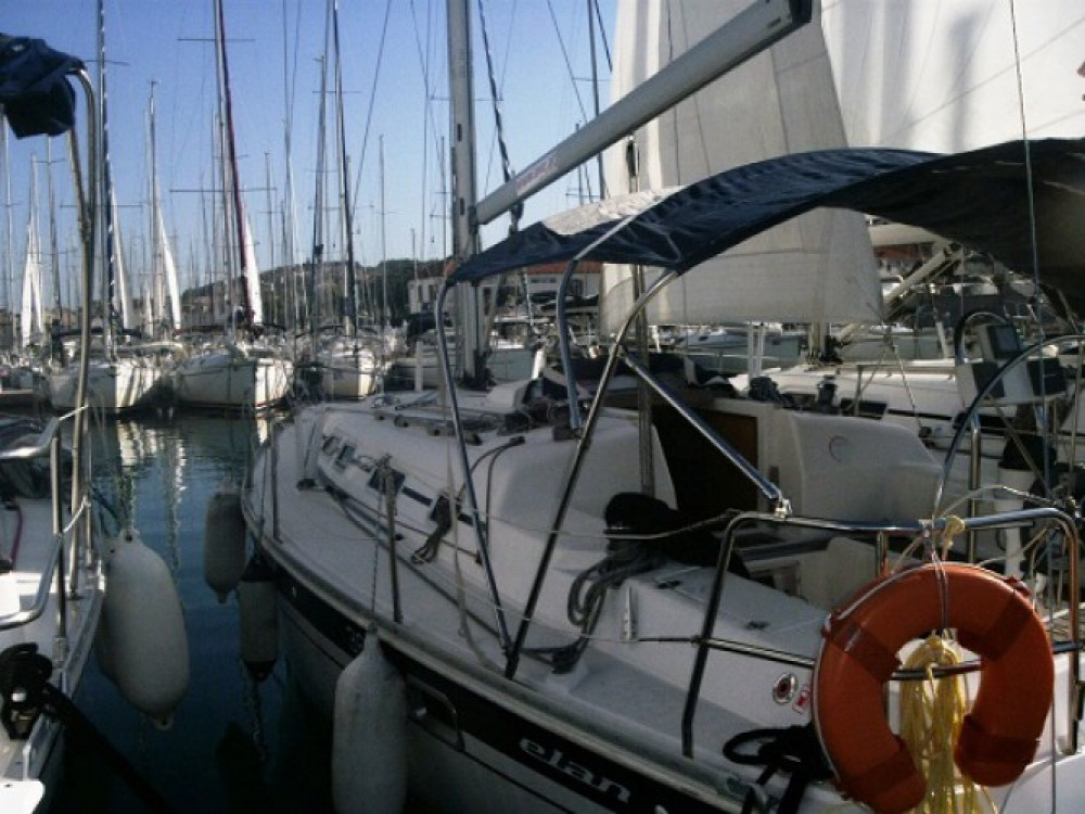 Location bateau Elan Elan 36 à ACI marina Vodice sur Samboat
