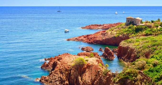 Location yacht à Mandelieu-la-Napoule - Zodiac Sundream sur SamBoat