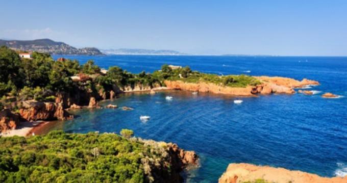 Location bateau Mandelieu-la-Napoule pas cher Sundream