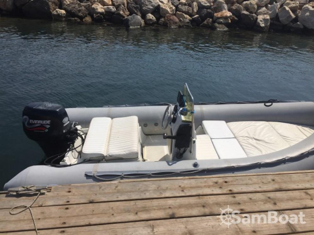 Noleggio barche Lomac Lomac 460 OK Hyères su Samboat