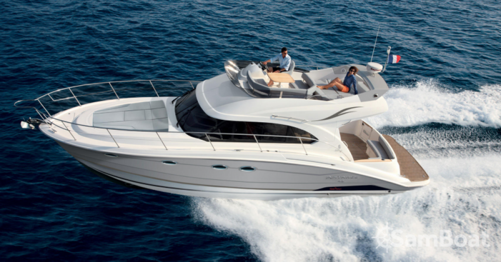 Hire Motor boat with or without skipper Bénéteau Marseille
