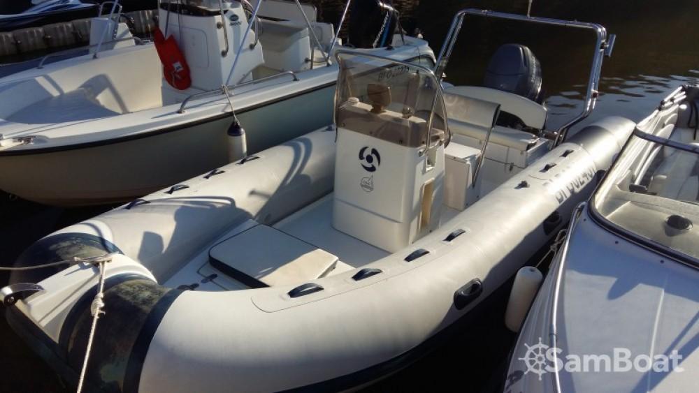 Location bateau Yamaha YAM 550 R à Saint-Florent sur Samboat
