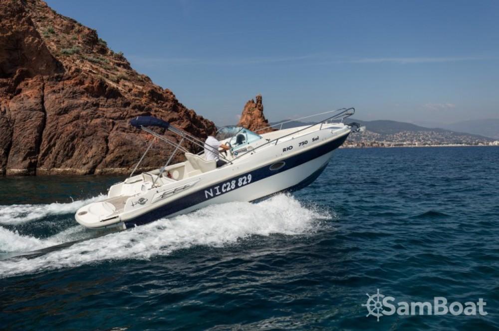 Location yacht à  - Rio Rio 750 Sol sur SamBoat