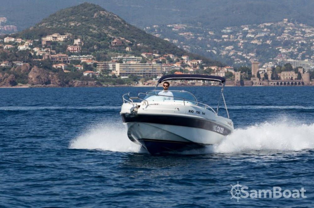 Location bateau  pas cher Rio 750 Sol