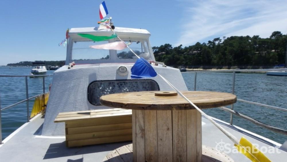 Location bateau Lacaze BAC DE PLAISANCE à Lège-Cap-Ferret sur Samboat
