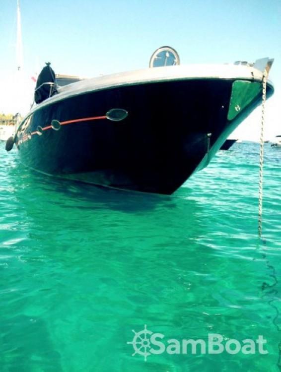 Solare Blade Marine 50 entre particuliers et professionnel à Port Pierre Canto