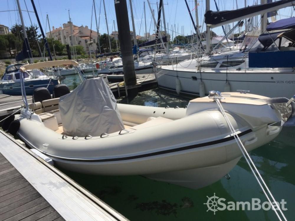 Location bateau Black Fin 9 m à La Rochelle sur Samboat