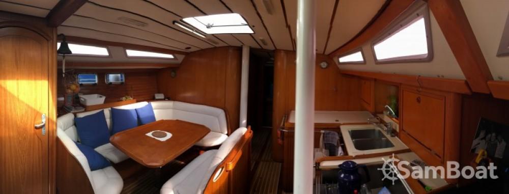 Louez un Jeanneau Sun Odyssey 44 à Saint-Mandrier-sur-Mer