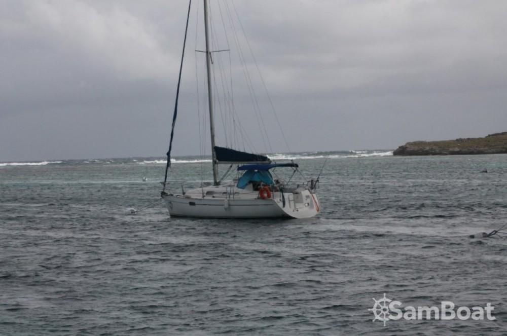 Location bateau Pointe-à-Pitre pas cher Oceanis 321
