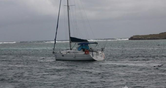 Location bateau Bénéteau Oceanis 321 à Pointe-à-Pitre sur Samboat