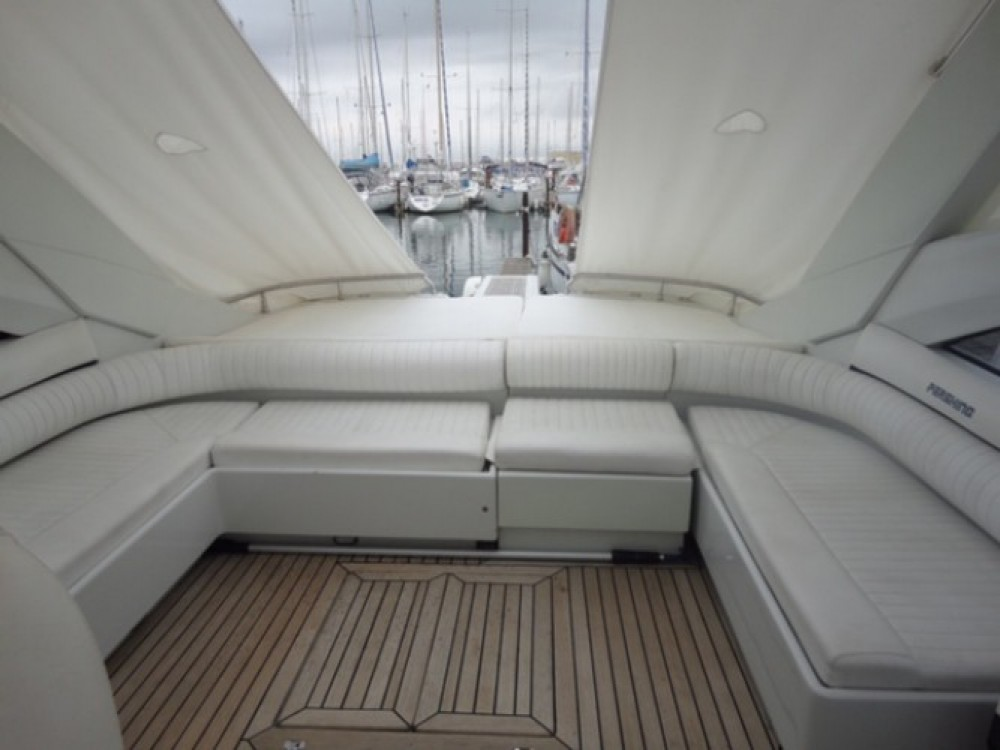 Location bateau Frontignan pas cher Pershing 45