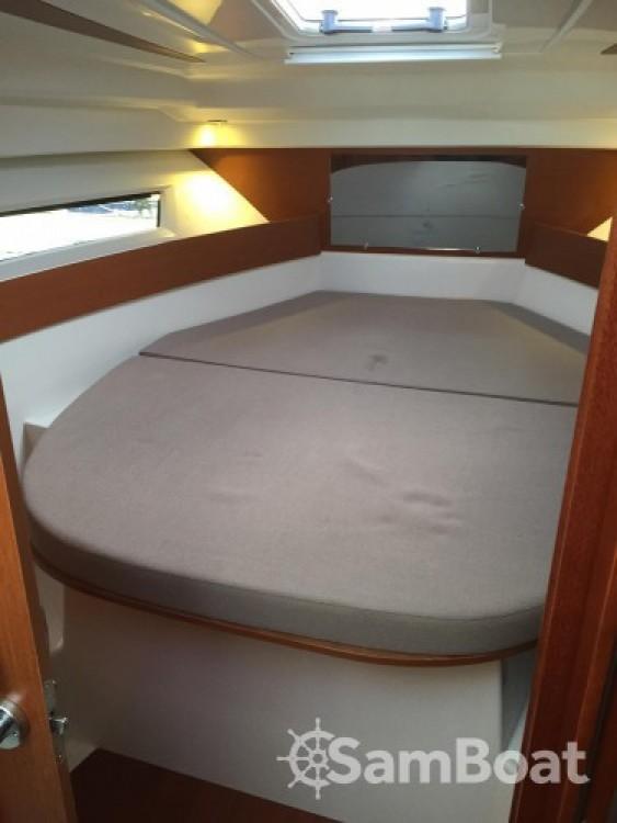 Location yacht à Port Olona - Jeanneau Merry Fisher 855 sur SamBoat