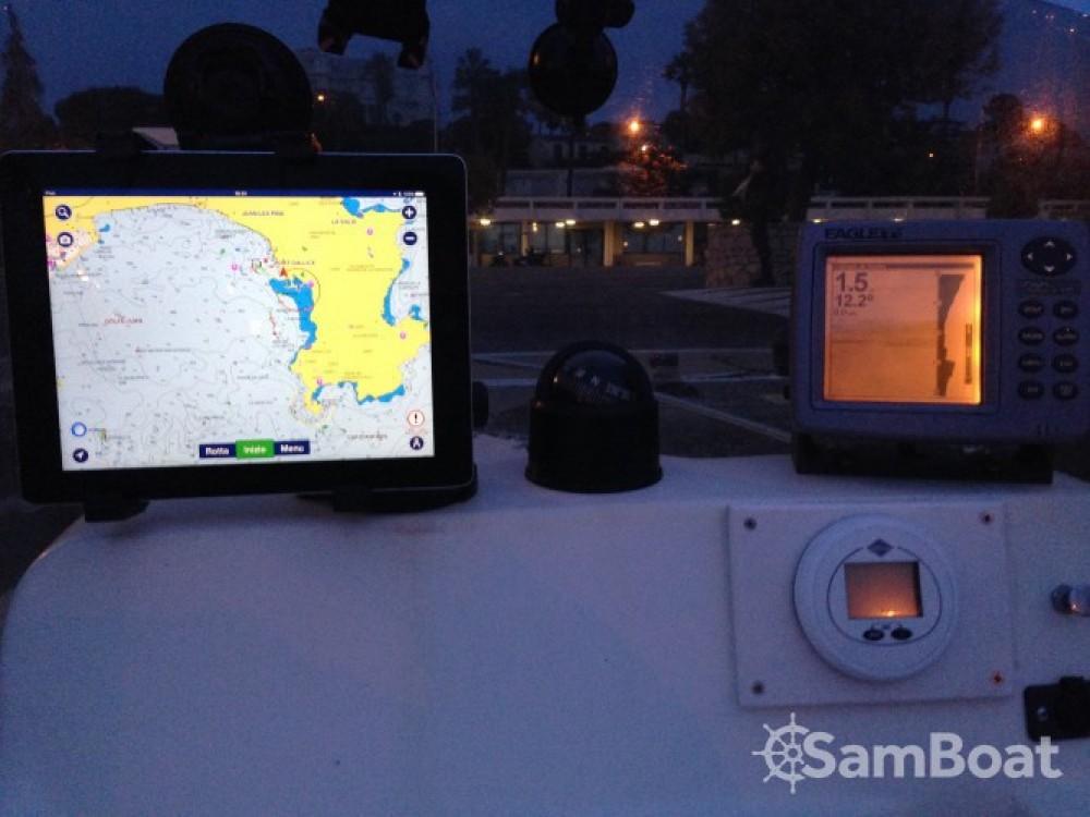 Location bateau Capelli Cap 500 à Antibes sur Samboat