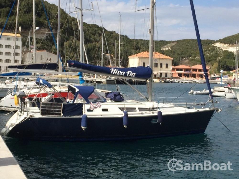 Jeanneau Sun Odyssey 37 entre particuliers et professionnel à Bonifacio