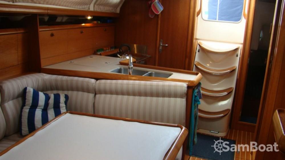 Louez un Jeanneau Sun Odyssey 37 à Bonifacio