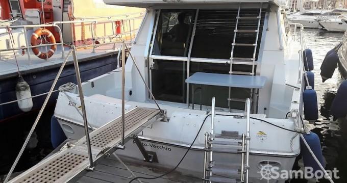 Ferretti Clan Ship entre particuliers et professionnel à Porto-Vecchio
