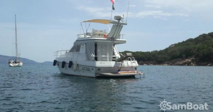 Location bateau Ferretti Clan Ship à Porto-Vecchio sur Samboat