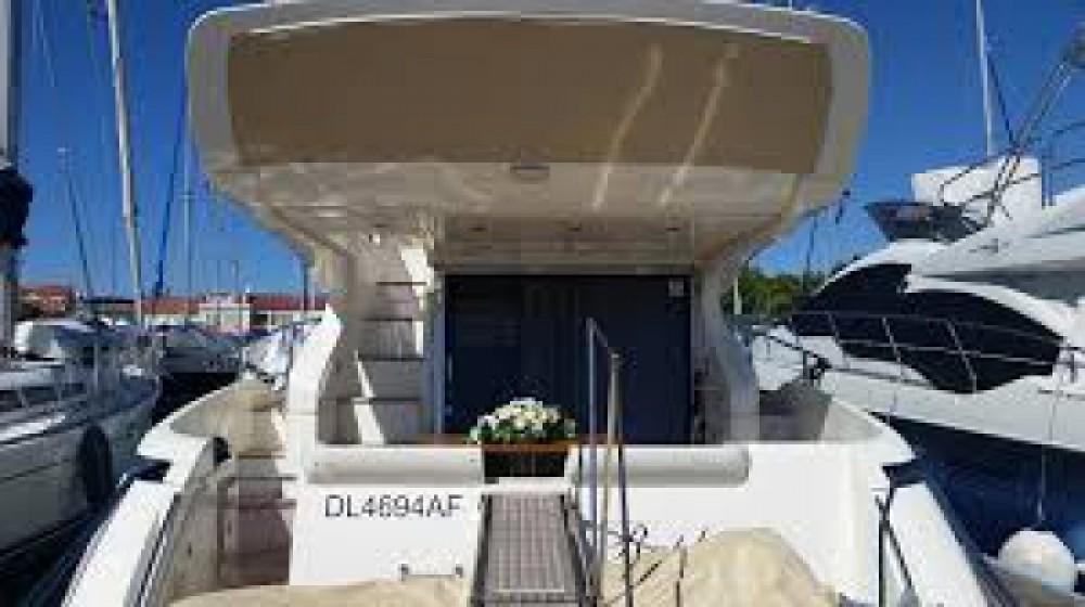 Location Bateau à moteur à Cannes - Azimut Azimut 43 Fly