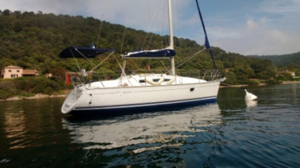 Location bateau Hyères pas cher Sun Odyssey 29.2 Legend