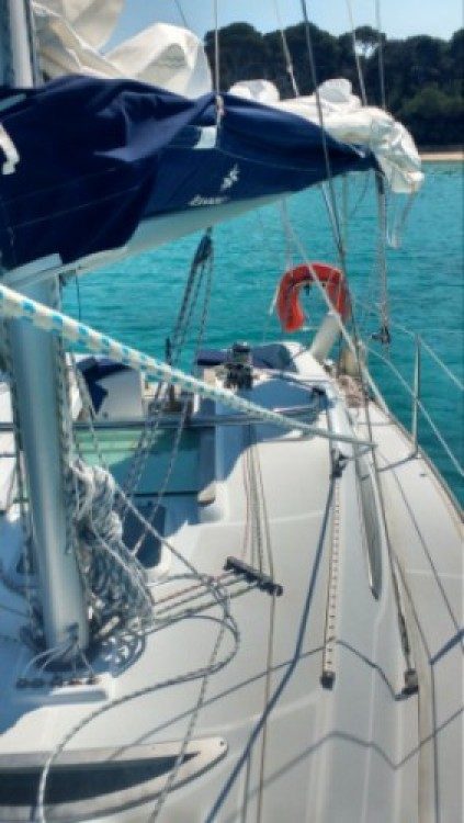 Louez un Jeanneau Sun Odyssey 29.2 Legend à Hyères