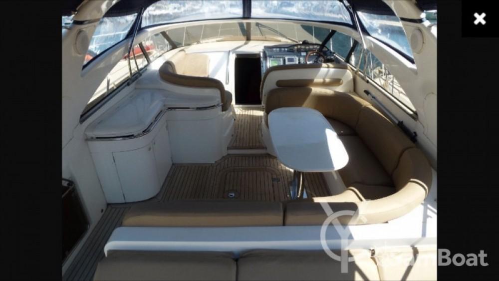 Location bateau Princess Princess V50 à Mandelieu-la-Napoule sur Samboat