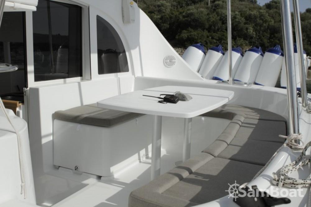 Location bateau Preveza pas cher Lagoon 380
