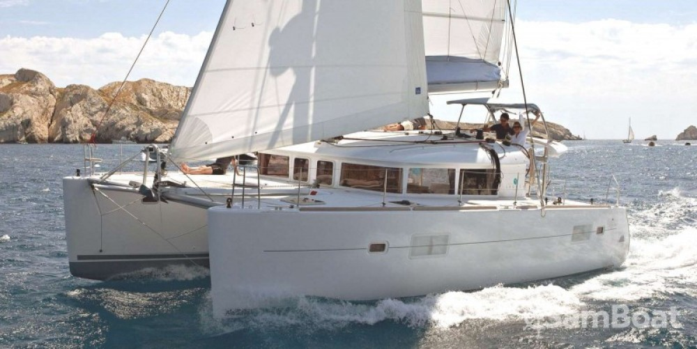 Catamaran à louer à Golfe-Juan au meilleur prix