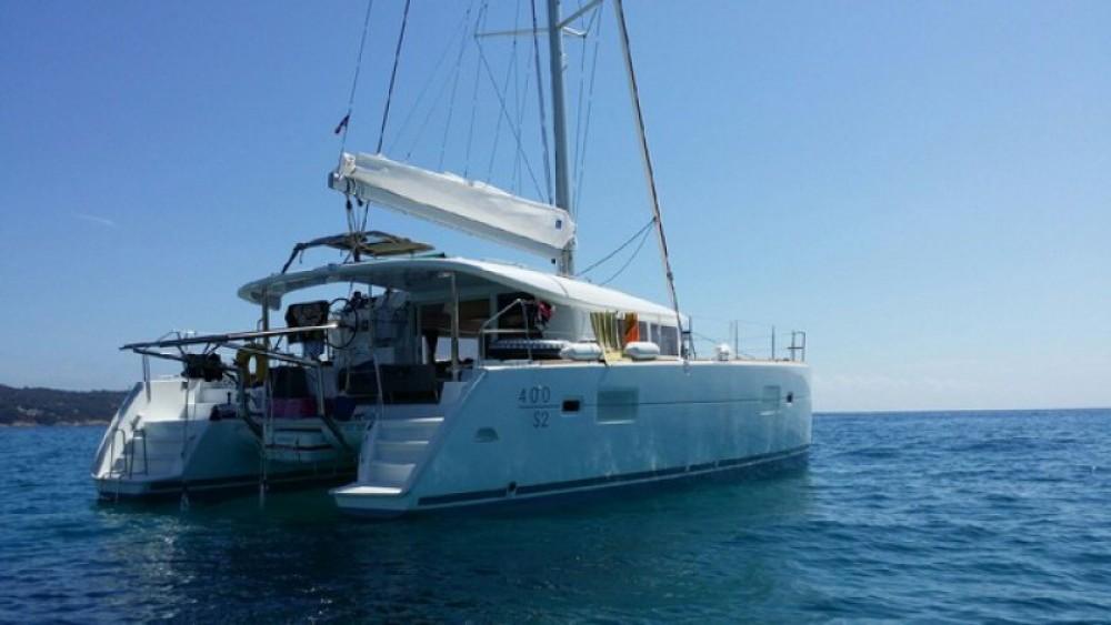 Location yacht à Golfe-Juan - Lagoon Lagoon 400 S2 sur SamBoat