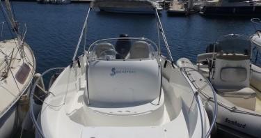 Location bateau Bandol pas cher Flyer 550