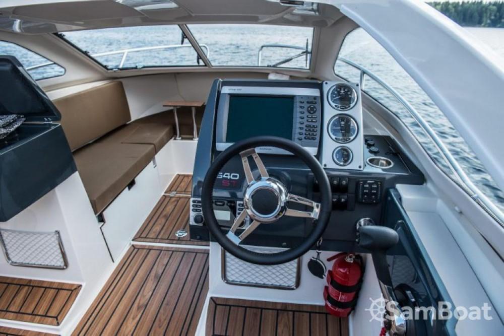 Location bateau La Rochelle pas cher 640 ST