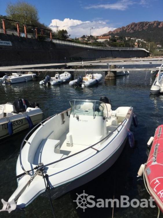 Location yacht à Saint-Raphaël - Jeanneau Cap Camarat 615 sur SamBoat
