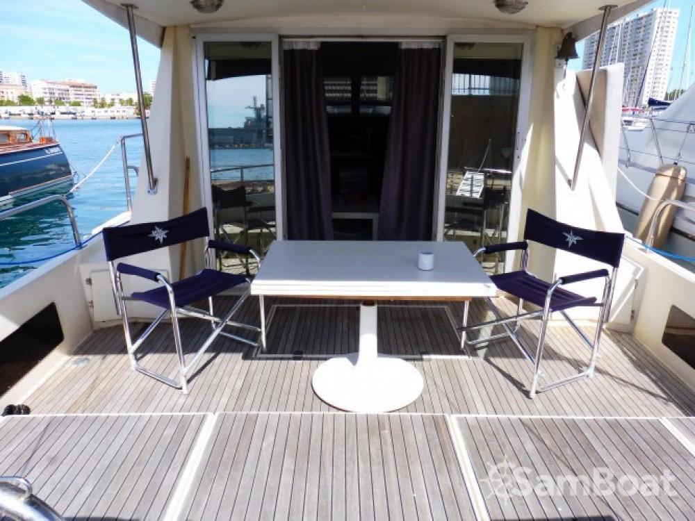 Location bateau Toulon pas cher Guy Couach 1400