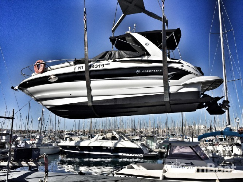 Location bateau Antibes pas cher Crownline 250 CR