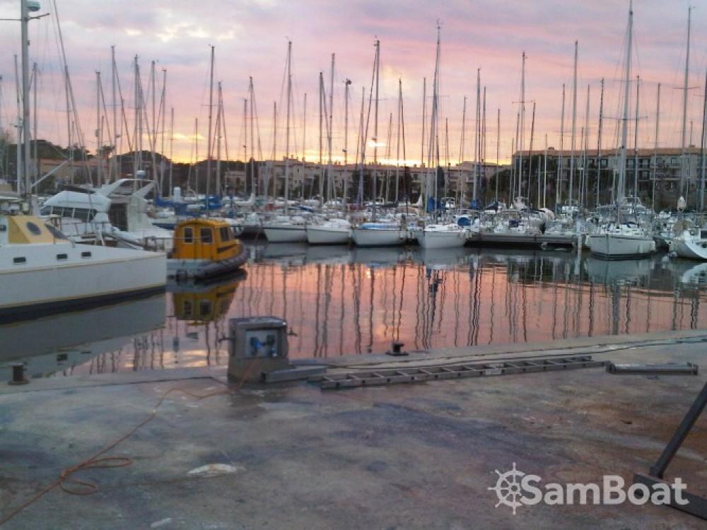Louer Voilier avec ou sans skipper Jeanneau à Saint-Mandrier-sur-Mer