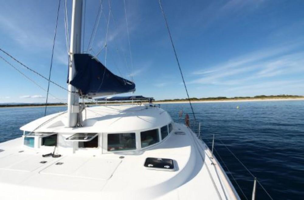 Location bateau Ibiza city pas cher Lagoon 380