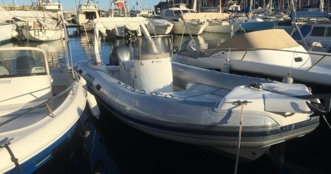 Location bateau Bastia pas cher Tempest 750