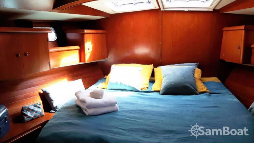 Boat rental Jeanneau Sun Odyssey 52.2 in Calliaqua on Samboat
