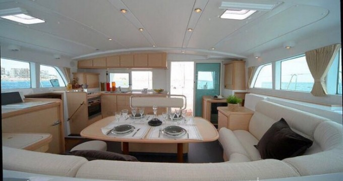 Louer Catamaran avec ou sans skipper Lagoon à Ta' Xbiex