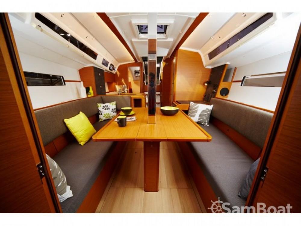 Louez un Jeanneau Sun Odyssey 349 à ACI Marina Split