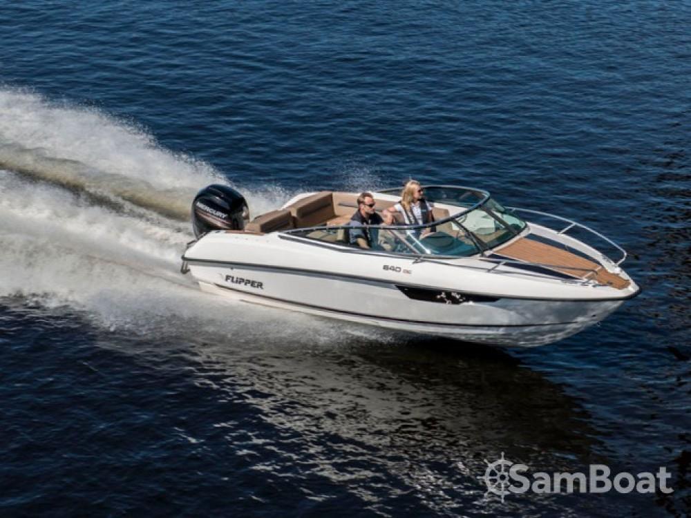 Louer Bateau à moteur avec ou sans skipper Bella à Marina Zadar