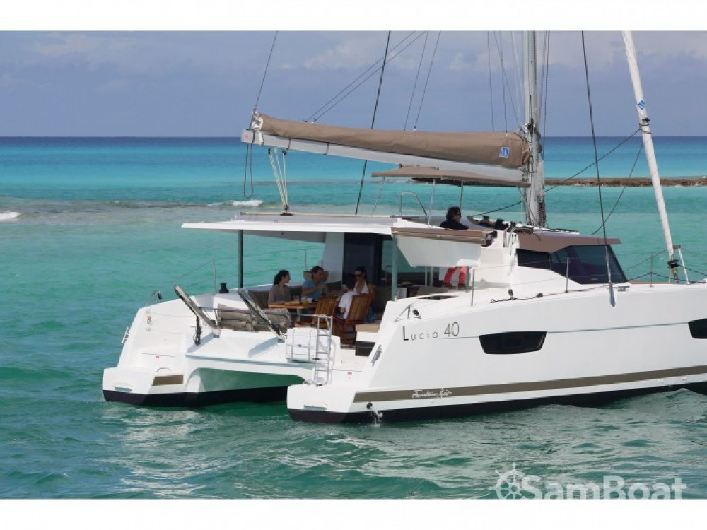 Location yacht à Marina Kaštela - Fountaine Pajot Lucia 40 sur SamBoat