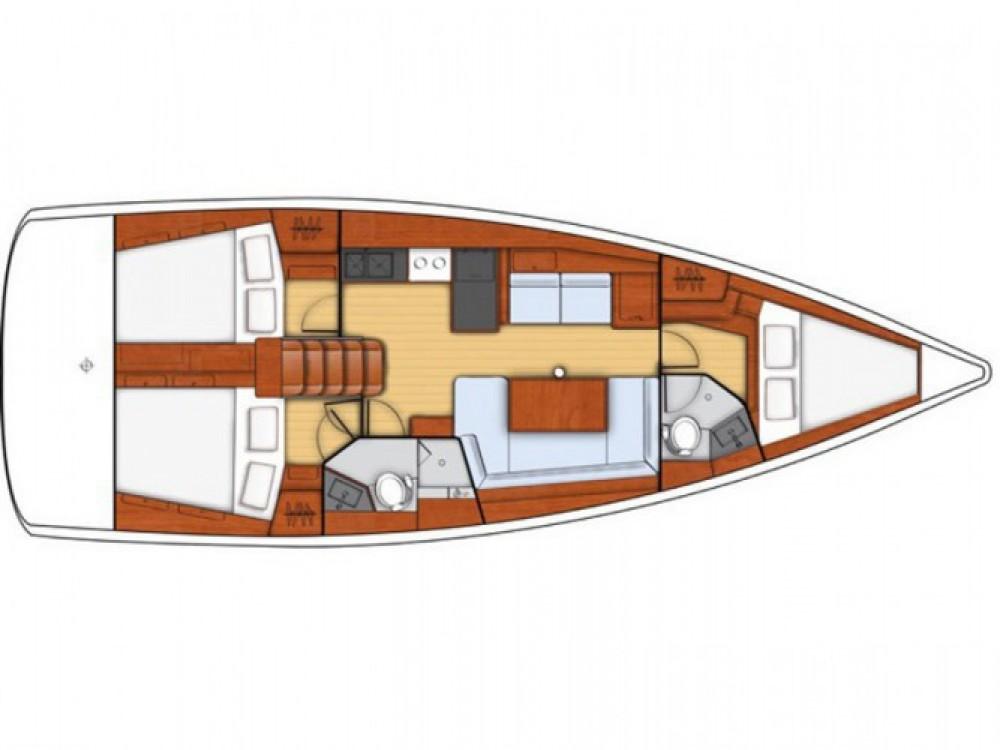 Louez un Bénéteau Oceanis 41 Style à Furnari