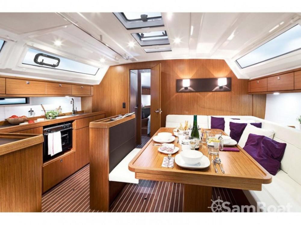 Location yacht à Sukošan - Bavaria Bavaria 46 BT '17 sur SamBoat