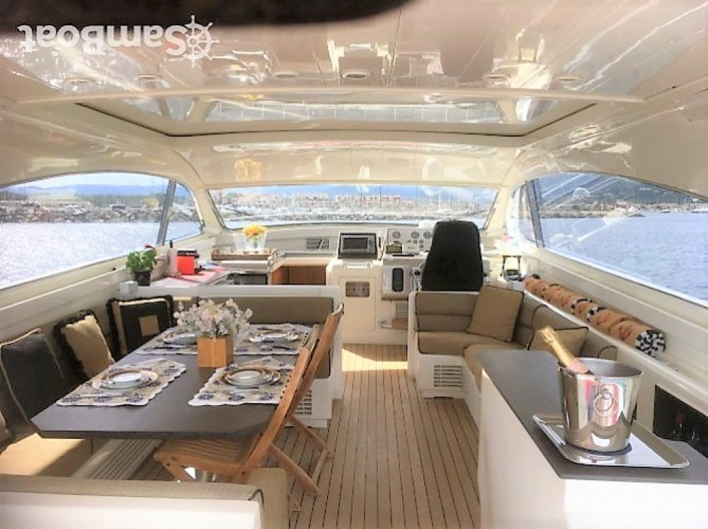 Rental Yacht in Port Grimaud - Leopard Leopard 23