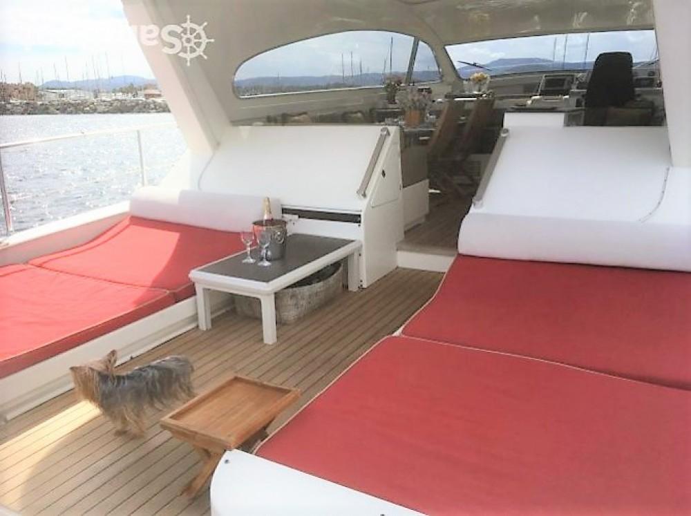 Boat rental Leopard Leopard 23 in Port Grimaud on Samboat